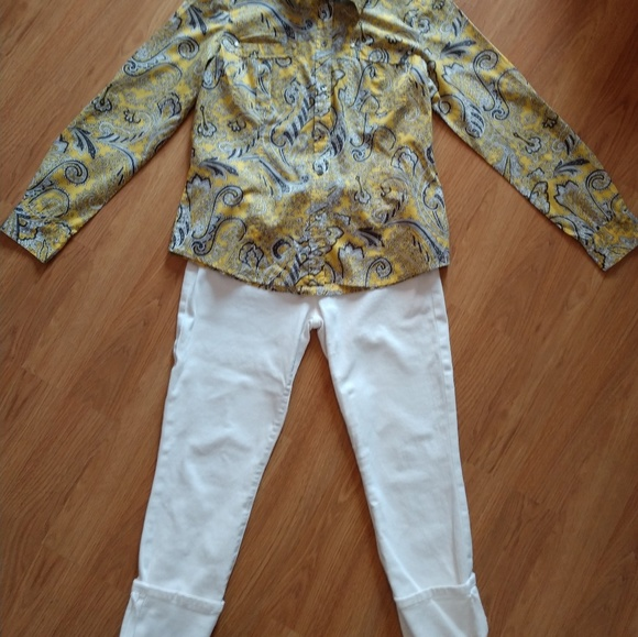MICHAEL Michael Kors Tops - Michael Kors Yellow Grey Paisley Button Down Top